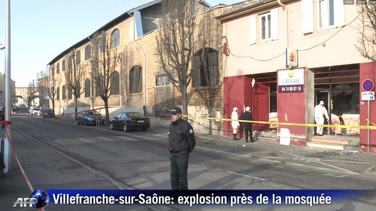 Villefranche sur sa ne explosion pr s d 39 une mosqu e - Magasin meuble villefranche sur saone ...
