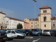 Villefranche-parking_des_Ursulines